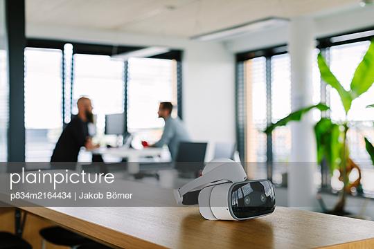 VR-Brille - p834m2164434 von Jakob Börner