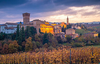 Levizzano Rangone, Modena Province, Emilia Romagna, Italy - p651m2033096 by Stefano Termanini