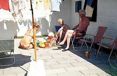 Freizeit im Hinterhof - p0120055 von Anke Tillmann