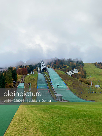 Great Olympic ski jump  - p454m2280161 by Lubitz + Dorner