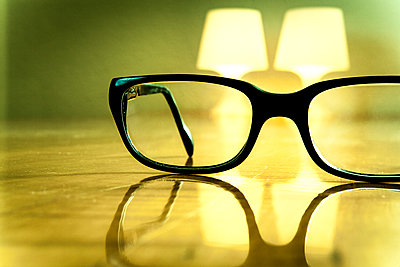 Glasses and light - p550m2273284 by Thomas Franz