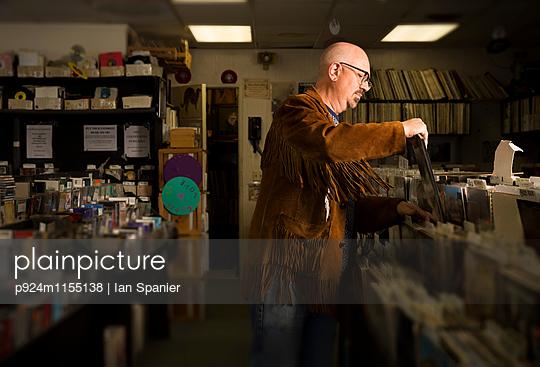 p924m1155138 von Ian Spanier