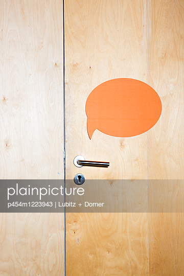 Talking - p454m1223943 by Lubitz + Dorner