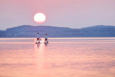 Parsteiner See Sonnenuntergang - p1016m2045219 von Jochen Knobloch