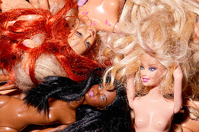Naked dolls - p1540m2295309 by Marie Tercafs