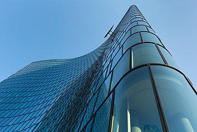 Austria, Vienna, modern architecture, OMV headquarters - p300m1449516 by Christina Falkenberg
