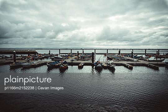 Aveiro sport port in winter - p1166m2152238 by Cavan Images