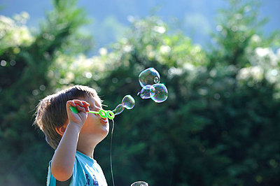Seifenblasen - p8290079 von Régis Domergue