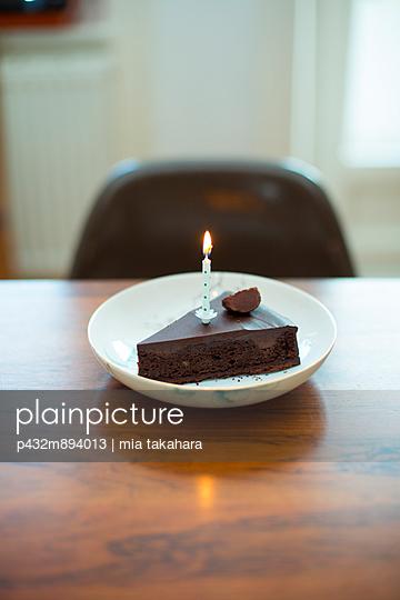 Schokoladenkuchen - p432m894013 von mia takahara