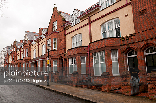 Belfast - p470m1134350 by Ingrid Michel