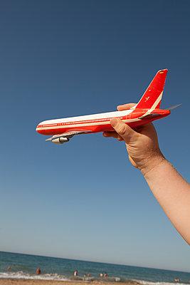 Holiday plane - p454m2045191 by Lubitz + Dorner