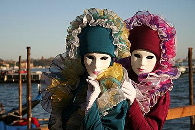 Maskierte in Venedig - p1620035 von Beate Bussenius