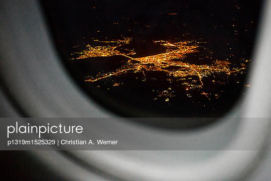 Landeanflug - p1319m1525329 von Christian A. Werner