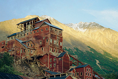 Old copper mine buildings, preserved national historic site, Kennecott, Wrangel Mountains, Alaska, USA, North America - p8710334 by Tony Waltham