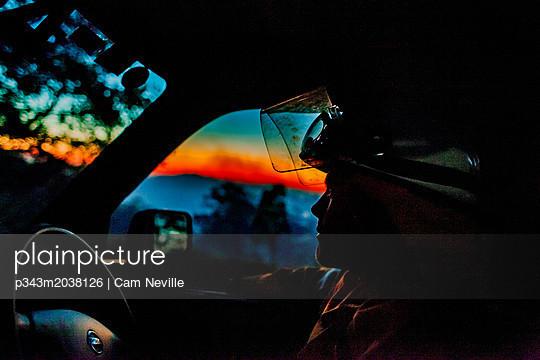 p343m2038126 von Cam Neville