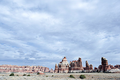 Scenic view of the The Needles District, Canyonlands National Park, Utah. - p343m1554659 by Ron Koeberer