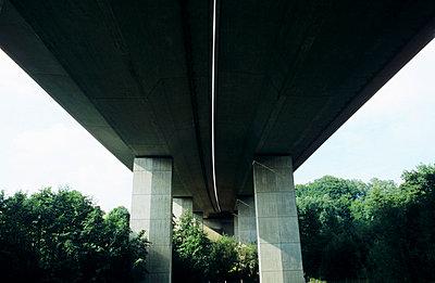 Highway - p0190255 by Hartmut Gerbsch