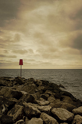 Red warning sign on New Milton beach - p1228m1169527 by Benjamin Harte