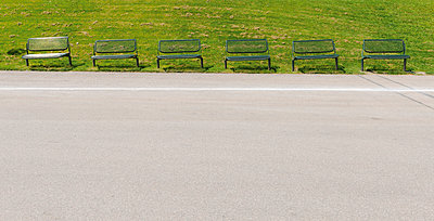 Germany, Bavaria, Munich, Olympic Park, empty benches - p300m1052828f by visual2020vision