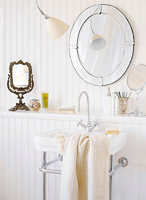 A white bathroom Sweden. - p312m1076870f by Mikael Dubois