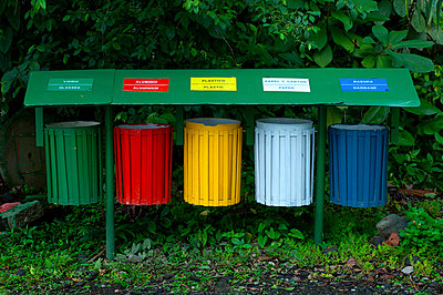 Costa Rica, El Castillo, Rainforest, Recycle Bins - p651m860505 by John Coletti photography
