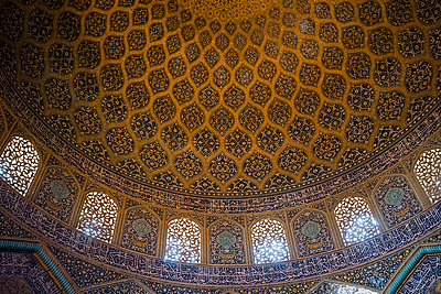 Dome of Sheikh Lotfollah Mosque - p798m1042957 by Florian Loebermann