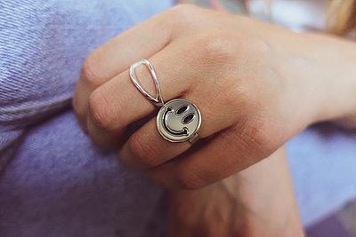 Funny rings - p1301m2197029 by Delia Baum