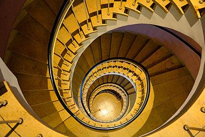 Circular stair - p876m1109289 by ganguin