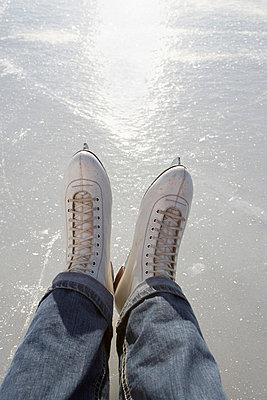 Skates and sunshine - p4640887 by Elektrons 08