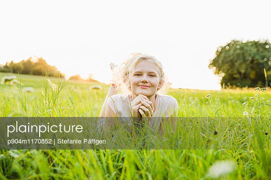 p904m1170852 by Stefanie Päffgen