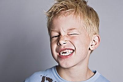 Blonde boy - p713m777195 by Florian Kresse