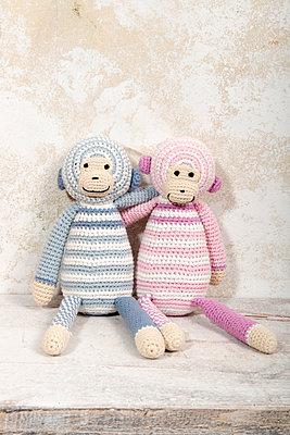 Zwei Stoffaffen - p451m907505 von Anja Weber-Decker