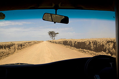 Transportation in Afrika - p7690013 by Nicolai Froehlich