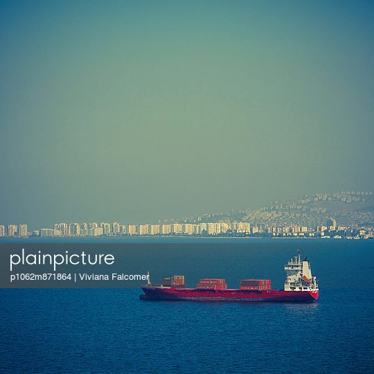 Containership near Izmir - p1062m871864 by Viviana Falcomer