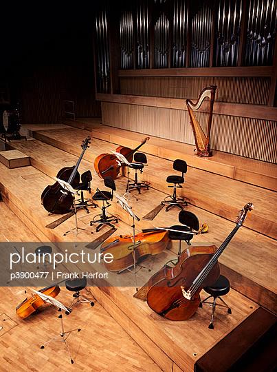 Orchesterinstrumente - p3900477 von Frank Herfort
