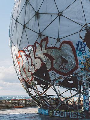 Berlin - p1507m2028392 by Emma Grann
