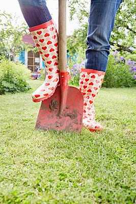 Gartenzeit - p464m1147217 von Elektrons 08