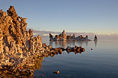 Early morning light on the tufa formations, Mono Lake, California, United States of America, North America - p871m1073324f by James Hager