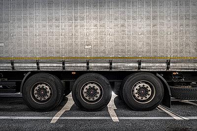 Truck at a rest area - p1275m2224716 by cgimanufaktur
