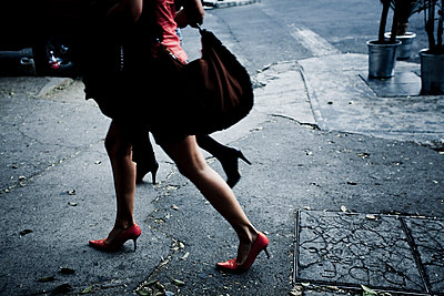 Sexy legs - p1296m1467358 by Jean-François Brière