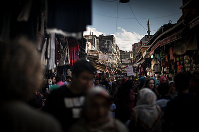 Crowd in a street of the bazar - p1007m1134835 by Tilby Vattard