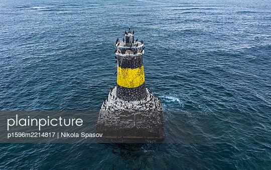 Leuchtturm im Schwarzen Meer - p1596m2214817 von Nikola Spasov