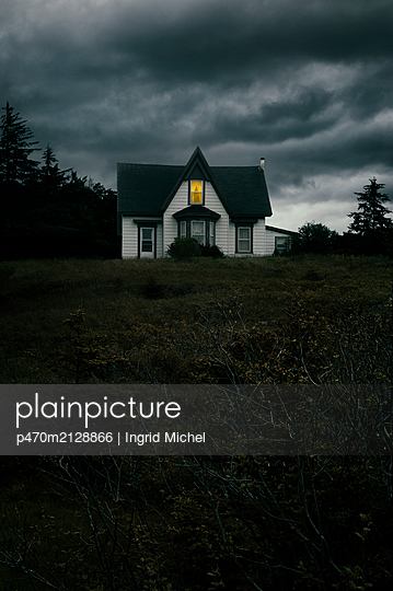 House in Nova Scotia - p470m2128866 by Ingrid Michel