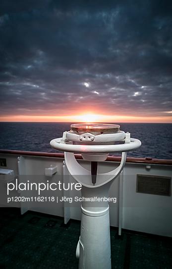 MS Deutschland - Traumschiff - p1202m1162118 von Jörg Schwalfenberg