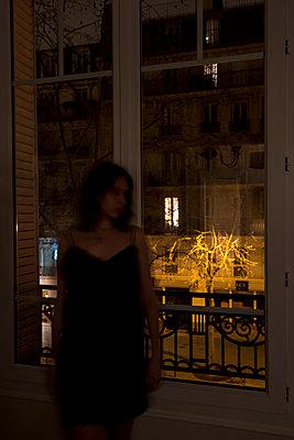 Parisienne - p1469m1537818 by Anna Shumanskaia