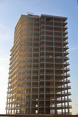Shell construction of offoce building - p179m1475503 by Roland Schneider