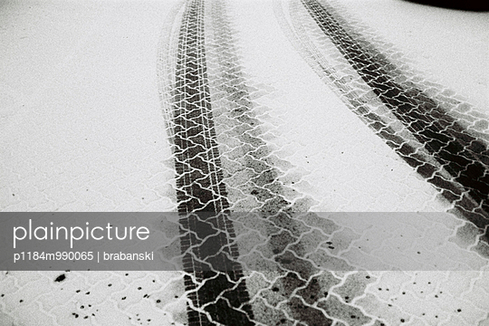 Winter - p1184m990065 by brabanski