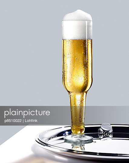 A bottle of beer - p8510022 by Lohfink
