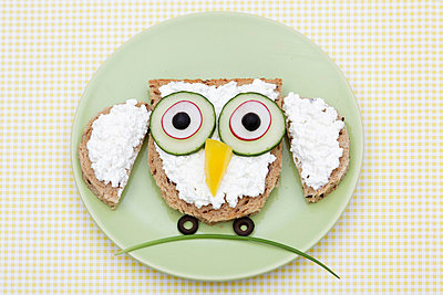 Owl - p238m831882 by Anja Bäcker