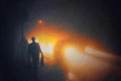 Germany, Wuppertal, cars and people in fog at night - p300m1010117 by Dirk Wüstenhagen